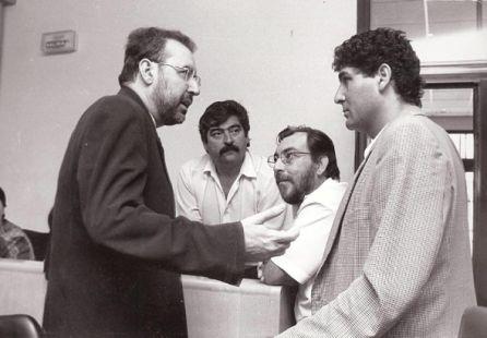 Momento de un pleno de Vélez en  1996