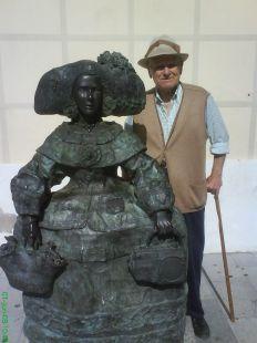 Escultura en Vèlez.