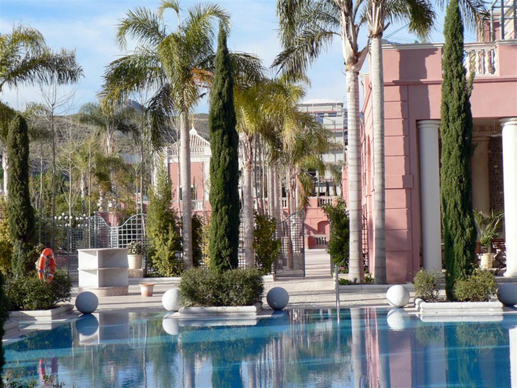 Hotel villa padierna estepona fotos de marbella - Hotel la villa marbella ...