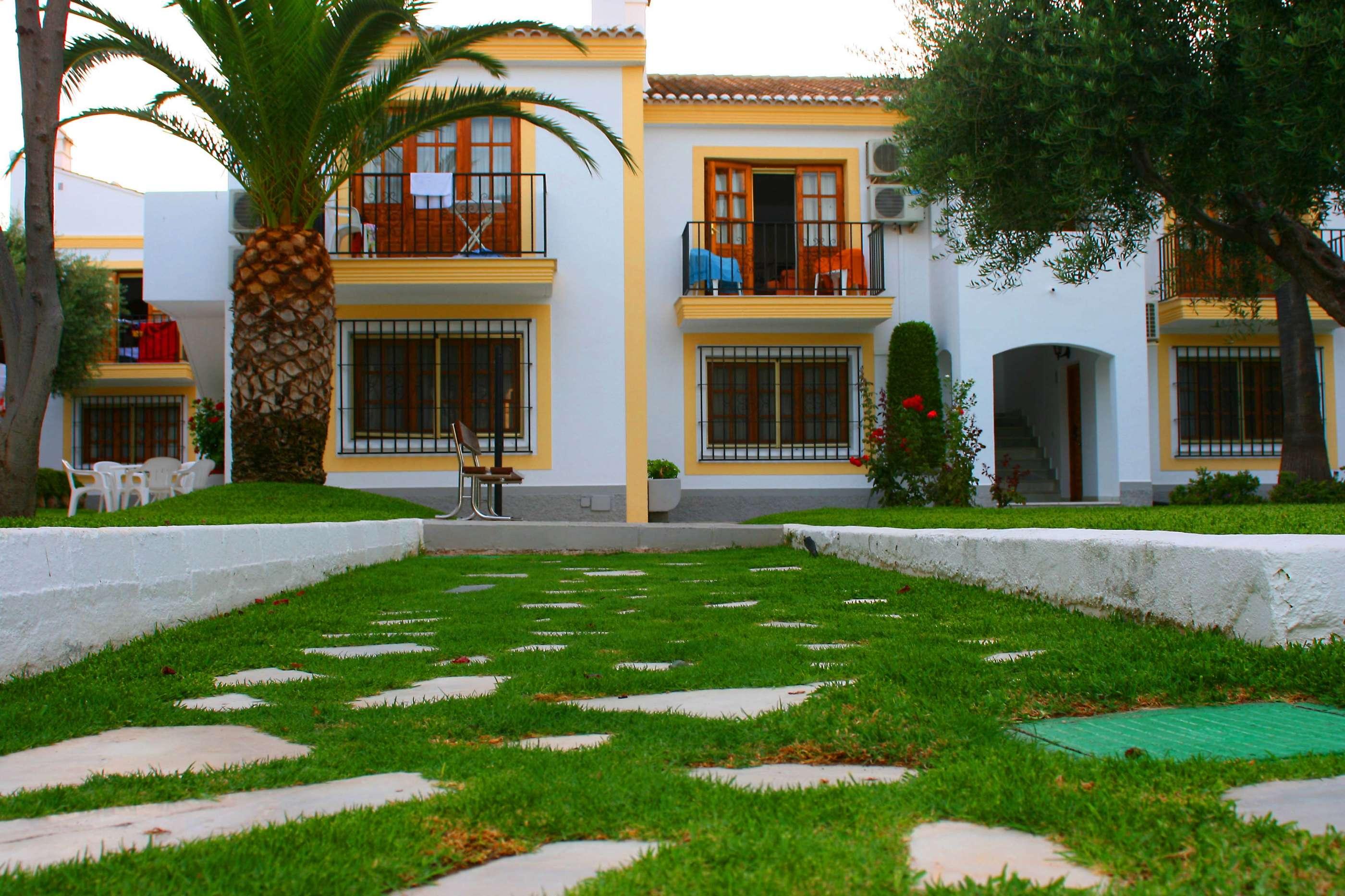 Jardin y casa fotos de tus vacaciones otras ciudades y for Casa jardin
