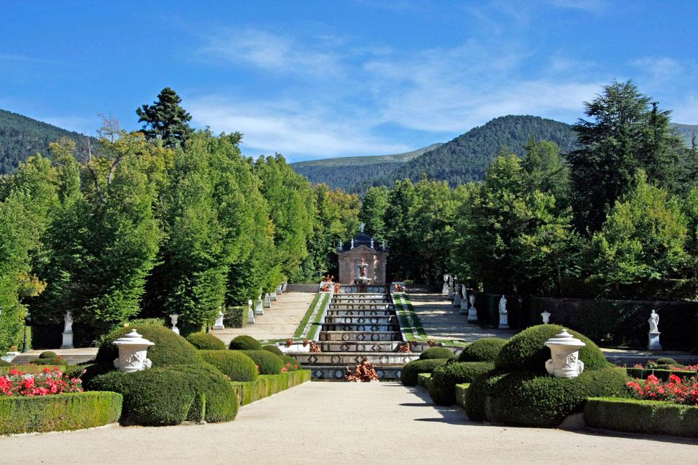 Jardines del palacio real de la granja fotos de tus for Jardines la granja