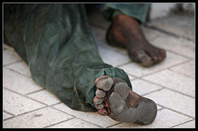 Los zapatos del hambre
