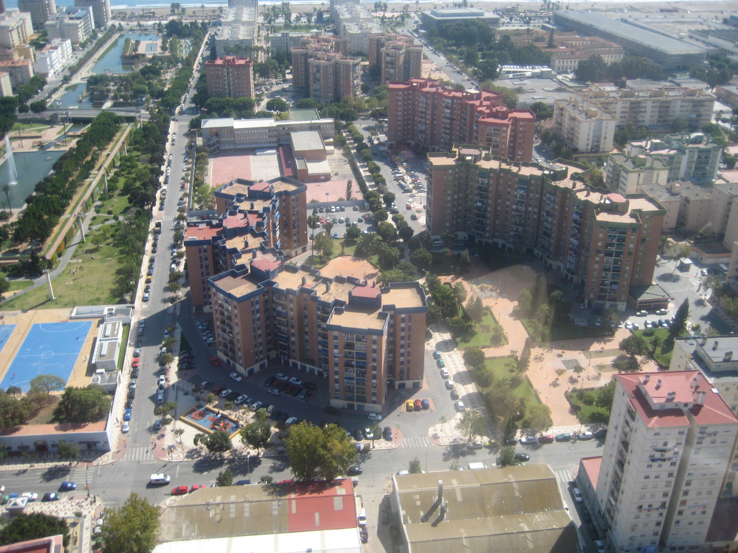 Vista a rea de la barriada santa paula fotos de carretera de c diz - Fotografia aerea malaga ...