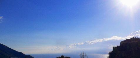 Azul en la mañana