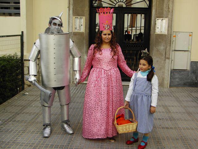 HOBRE DE HOJALATA , HADA MADRINA Y DOROTHY CON TOTO