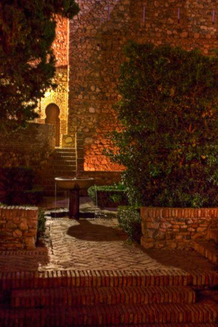 Al Qasaba's night (I)