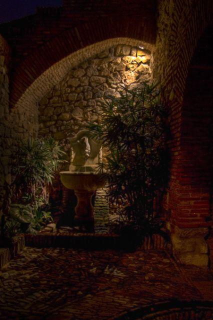 Al Qasaba's night (V)