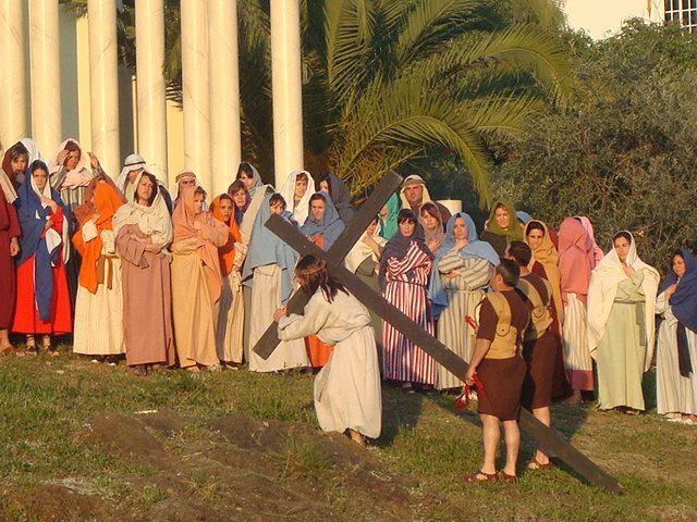 Portando la cruz