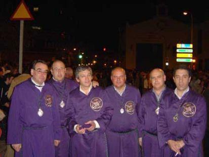 Hombres de Trono del Nazareno del Paso  2008
