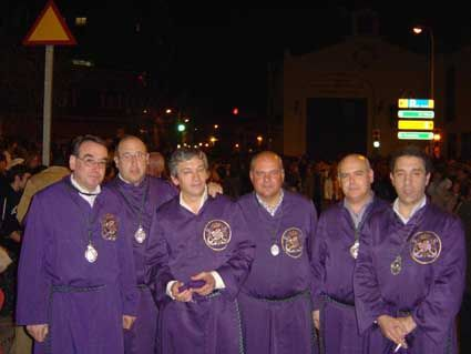 HOMBRES DE TRONO DEL NAZARENO DELPASO 2008