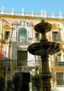 Palacio Episcopal y fuente