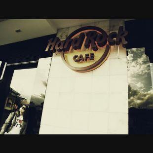 Hard Rock Caf�
