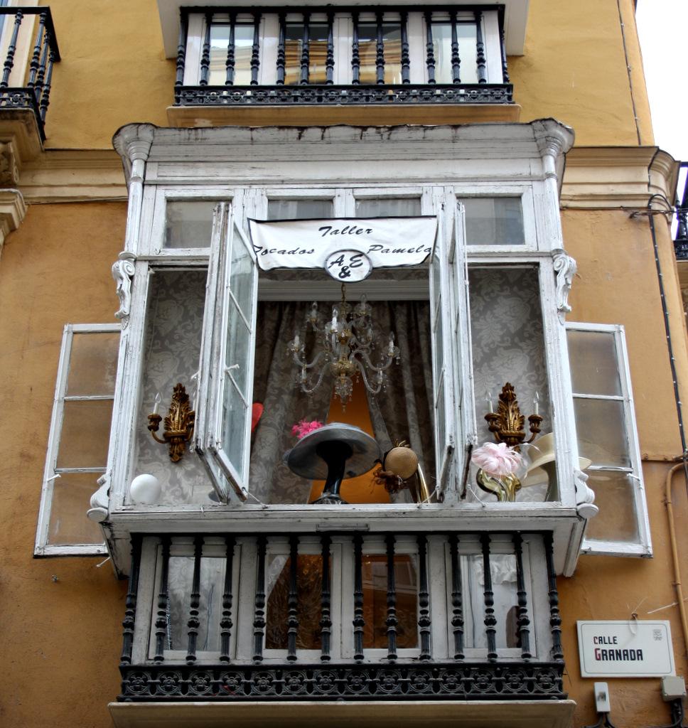 Como cerrar un balcon simple carpintera pvc carpintera for Como cerrar un balcon