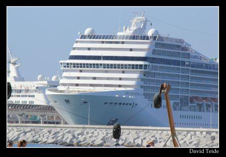 Cruceros en el Puerto de Malaga