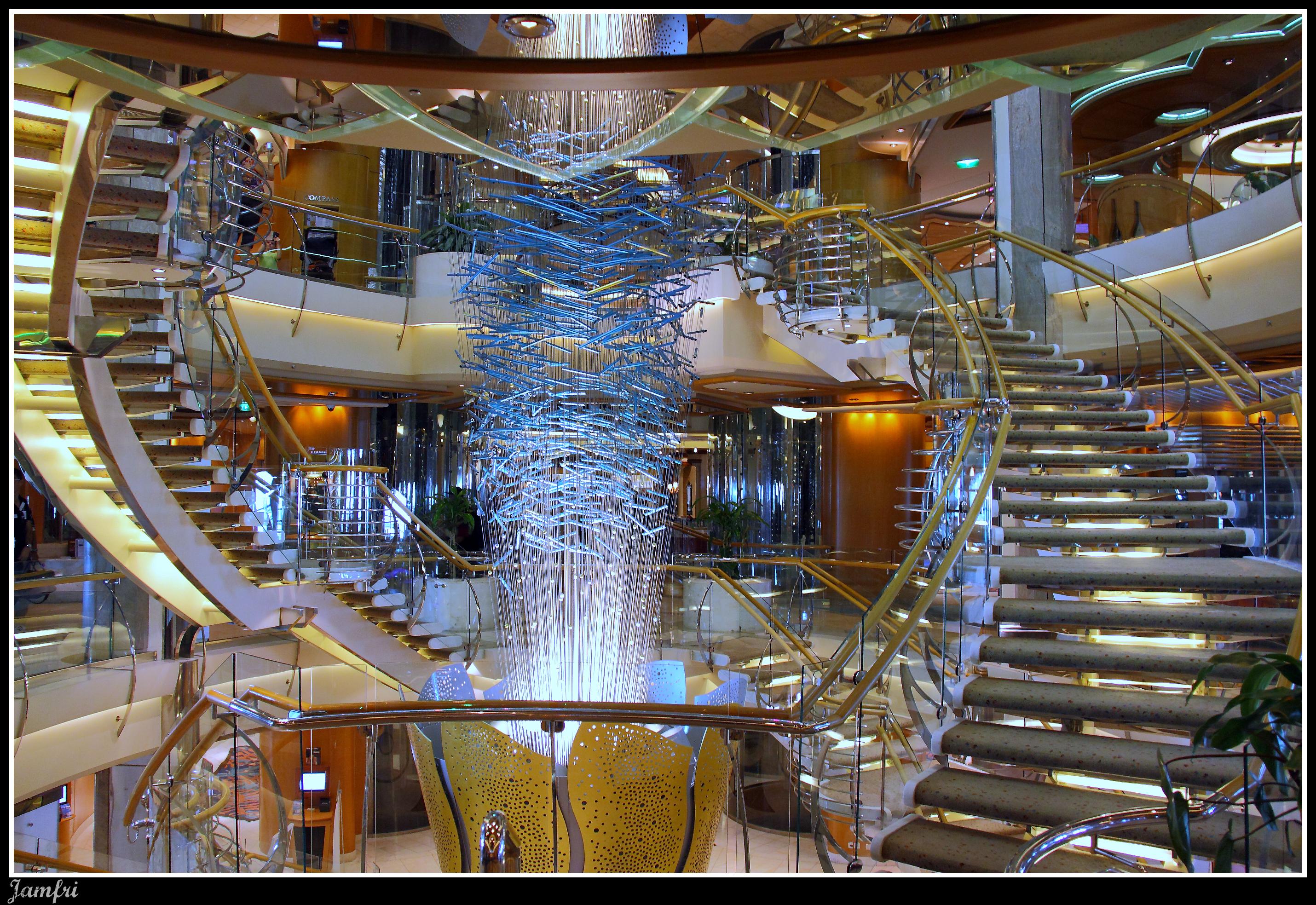 Resultado de imagen de interior crucero