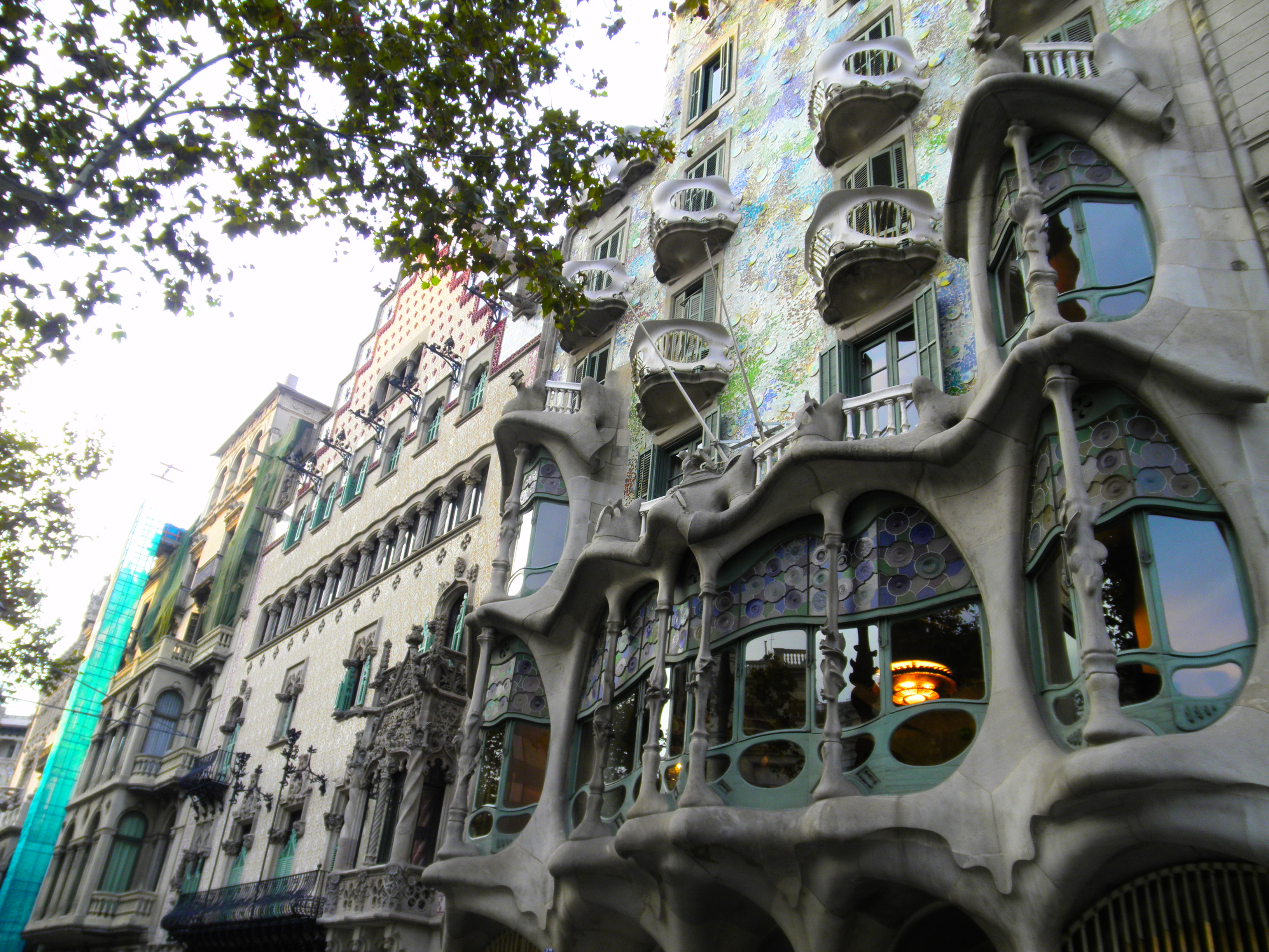 Casa batll y casa amatller edificios modernistas de - Casas modernistas barcelona ...