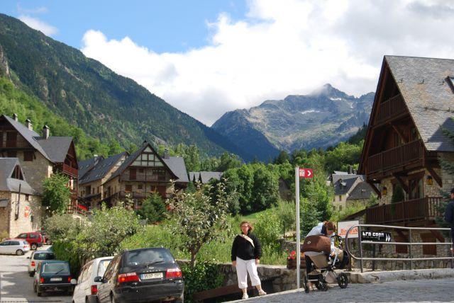 Arties precioso pueblo del valle de ar n fotos de otras - Inmobiliarias valle de aran ...