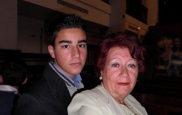 El Hermano de Javier y la Abuela  Lola
