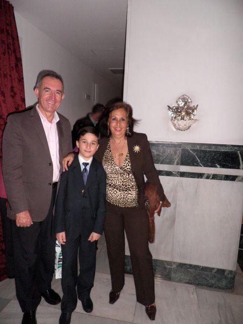 Javier con sus tios-primos Paco y Mari
