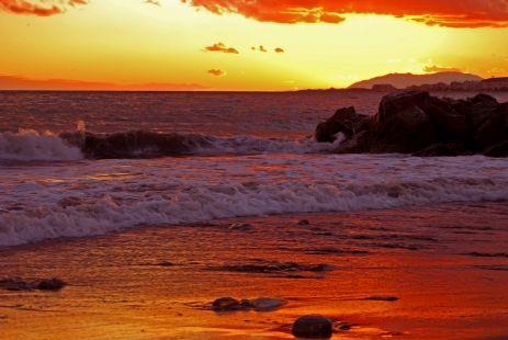 Colores de atardecer (Playa de Algarrobo-Costa)