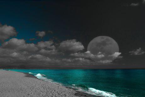 Carihuela Luna