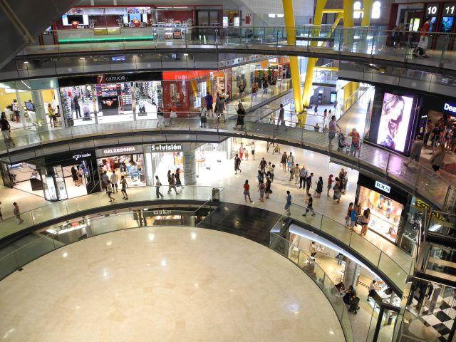Centro comercial las arenas fotos de otras ciudades y pa ses - Centro comercial maquinista barcelona ...