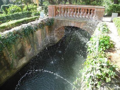 Fuentes del Parque del Laberinto en Barcelona