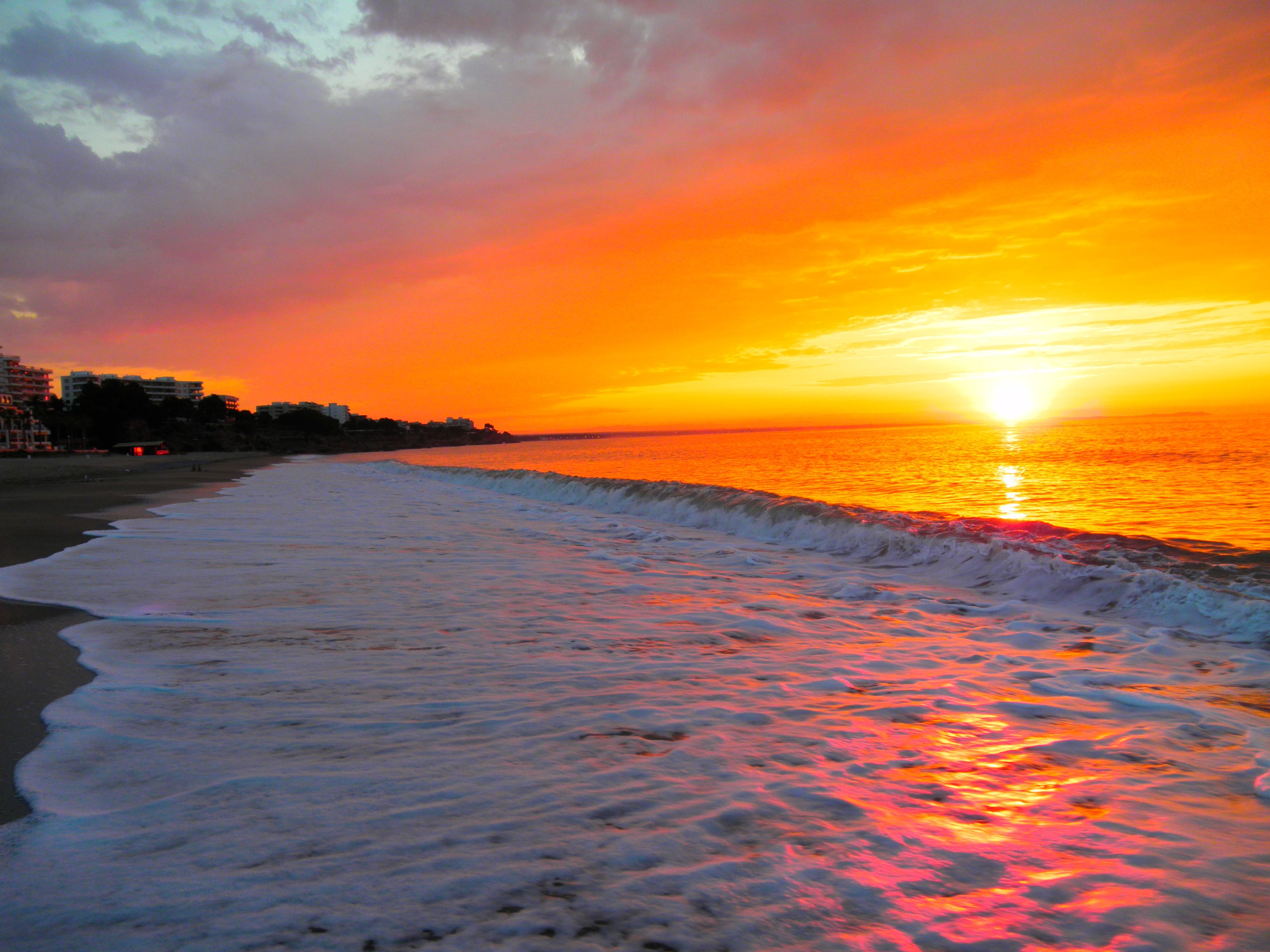 Amanecer en la playa | fotos de Costa
