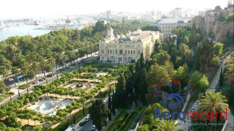Ayuntamiento de Málaga y jardines