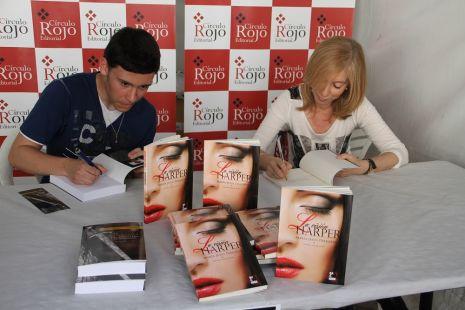 La Esperanza del Caballero Legendario  de Samuel Cuenca en La Feria del Libro en  El Ejido con Autores