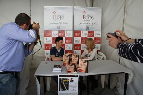 La Esperanza del Caballero Legendario de Samuel Cuenca en La Feria del Libro de El Ejido con Autores