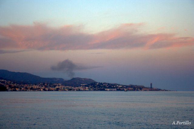 Fuego en Rincón de la Victoria