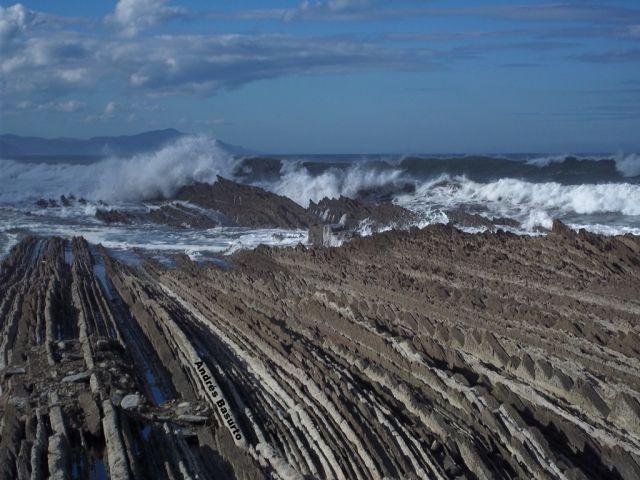 El Flysch de las olas