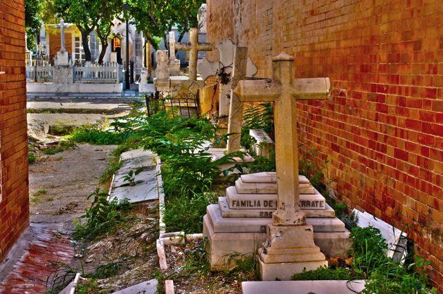 tumbas