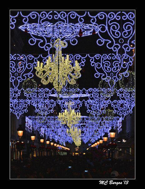 La elegante luz navideña de calle Larios
