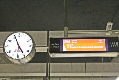 reloj y pantalla