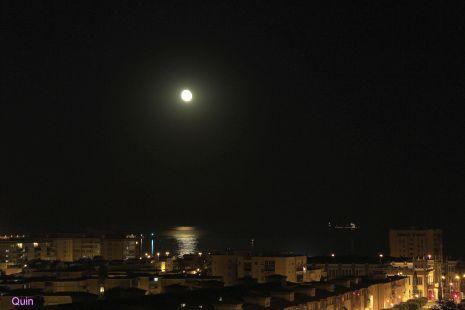 Calma lunar.