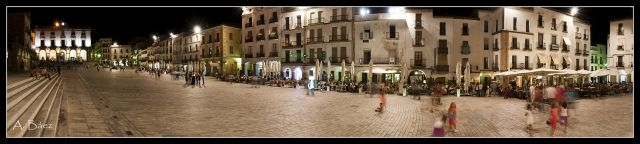 Nocturna Plaza Mayor de Cáceres