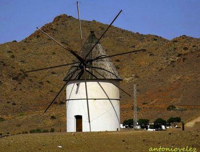 Molino del Pozo de los Frailes-Almería