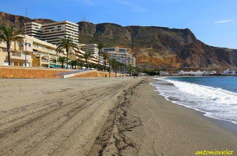 Playa de Aguadulce-Almería