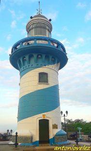 Faro cerro Santa Ana-Guayaquil