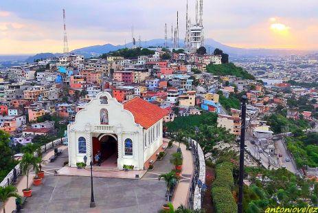 Cerro de Santa Ana-Guayaquil