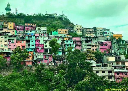 Faro cerro de Santa Ana-Guayaquil